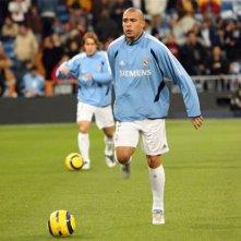 Ronaldo in una scena del film Goal! 2 Living the Dream