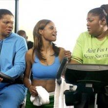 Kendra Johnson con Joyful Drake e Monique Imes in una scena di Phat Girlz