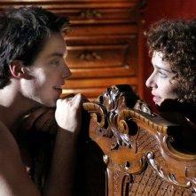 Lorenzo Balducci con Valeria Golino in una scena del film Il sole nero