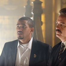 Laz Alonso e Michael Harney in una scena del film Captivity