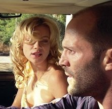 Amy Smart e Jason Statham in una scena del film Crank (2006)