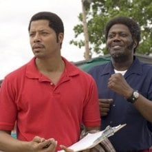 Bernie Mac e Terrence Howard in una sequenza del film Pride
