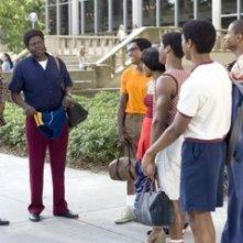 Bernie Mac e Terrence Howard in una scena del film Pride