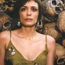 Shannyn Sossamon in una scena dell'horror Catacombs