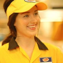 Ashley Johnson in una sequenza del film Fast Food Nation