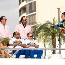 Cedric Yarbrough e Carlos Alazraqui in una scena di Reno 911!: Miami