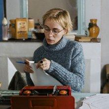 Emmanuelle Béart in una scena del film I testimoni