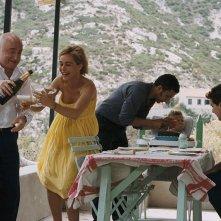 Michel Blanc, Emmanuelle Béart, Lorenzo Balducci e Sami Bouajila in una scena del film I testimoni