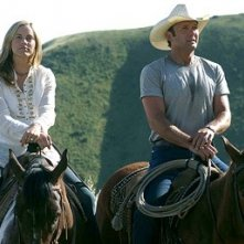 Tim McGraw e Maria Bello in una scena del film Flicka