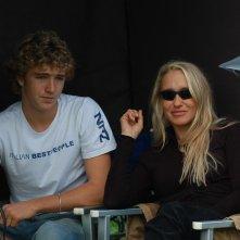 Eleonora Giorgi e suo figlio Paolo Ciavarro sul set del film Agente Matrimoniale