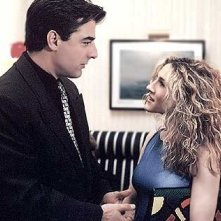 "Sarah Jessica Parker e Chris ""Mr. Big' Noth in una scena del primo episodio di Sex and the City"