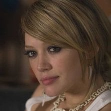 Hilary Duff in una scena di Material Girls