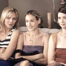 Cynthia Nixon, Sarah Jessica Parker, Kim Cattrall in una scena di Sex and the City, episodio Ti è piaciuto?