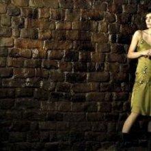 Shannyn Sossamon in una scena del claustrofobico Catacombs