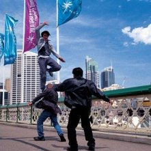 Tony Jaa in una scena del film The Protector - La legge del Muay Thai (Tom yum goong)