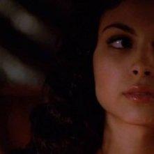 Morena Baccarin in una sequenza di Firefly, episodio Serenity