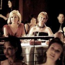 le quattro amiche, Sarah Jessica Parker, Cynthia Nixon, Kristin Davis e Kim Cattrall in una scena di Sex and the City, episodio Nuovi e vecchi amori