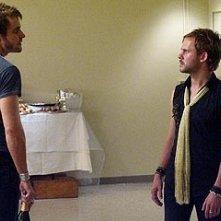 Dominic Monaghan con Neil Hopkins nell'episodio 'La falena' di Lost
