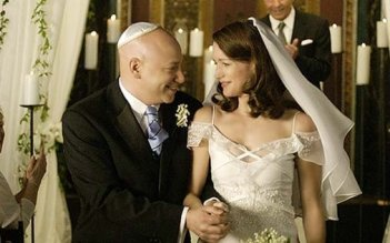 Evan Handler con Kristin Davis in una scena di Sex and the City, episodio La presa