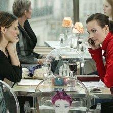 Sarah Jessica Parker in una immagine di Sex and the City, episodio Un'americana a Parigi - Seconda parte