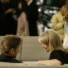 Sarah Jessica Parker, Mikhail Baryshnikov e Candice Bergen in una scena di Sex and the City, episodio Via da New York