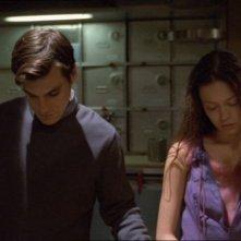 Sean Maher e Summer Glau nell'episodio Colpo in ospedale di Firefly