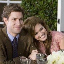 John Krasinski e Mandy Moore in una scena di Licenza di Matrimonio (2007)