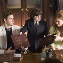 Josh Flitter, John Krasinski e Mandy Moore in una scena di Licenza di Matrimonio