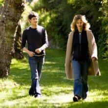 Meg Ryan con Adam Brody in una scena de Il bacio che aspettavo