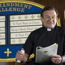 Robin Williams in una scena di Licenza di Matrimonio