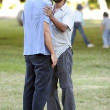 Naveen Andrews affronta Donnie Keshawarz nell'episodio 'Il bene superiore' di Lost