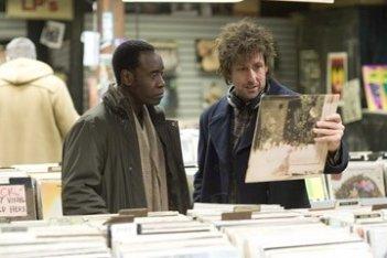 Adam Sandler e Don Cheadle in una scena del film Reign Over Me, del 2007