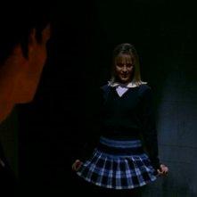 David Boreanaz con Julie Benz in una scena di Buffy - L'ammazzavampiri, episodio L'angelo custode