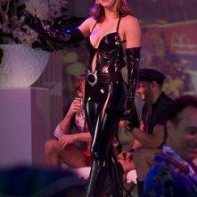 Jessica Biel, incantevole gatta in una scena di Io vi dichiaro marito e...marito