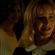 Kristine Sutherland con Julie Benz in una scena di Buffy - L'ammazzavampiri, episodio L'angelo custode
