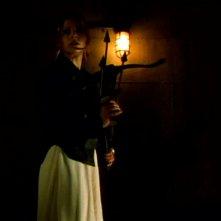Sarah Michelle Gellar in una scena della serie tv Buffy - L'ammazzavampiri, episodio La profezia