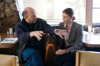 Paul Haggis e Charlize Theron sul set del film In the Valley of Elah