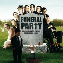La locandina italiana di Funeral Party