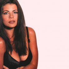 Wallpaper di Yasmine Bleeth - 1