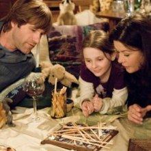 Abigail Breslin, Catherine Zeta-Jones e Aaron Eckhart in una scena di Sapori e Dissapori.