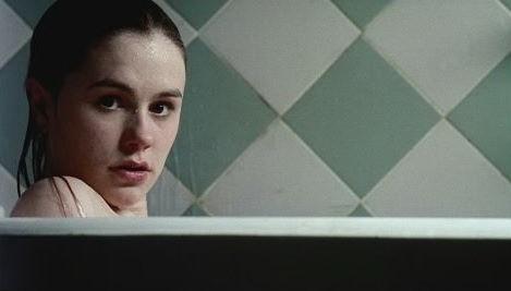 Anna Paquin In Una Scena Di Darkness 46353