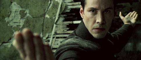 Keanu Reeves in una scena di MATRIX REVOLUTIONS (2003)