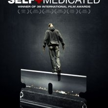 La locandina di Self Medicated