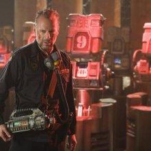 Bruce Willis in una scena del film Planet Terror, episodio del double feature  Grind House