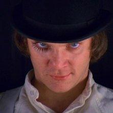 Malcolm McDowell in una immagine iconica di Arancia Meccanica