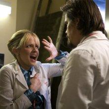 Brolin e la Shelton in una scena del film Planet Terror, episodio del double feature  Grind House