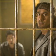 L'attore di 'Lost', Naveen Andrews, in una scena del film Planet Terror, episodio del double feature  Grind House