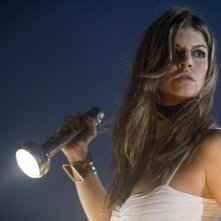 Stacy Ferguson in una sequenza del film del film Planet Terror, episodio del double feature  Grind House
