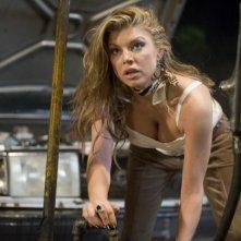 Stacy Ferguson in una scena del film del film Planet Terror, episodio del double feature Grindhouse