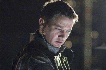 Jeremy Renner in una scena del film 28 Weeks Later
